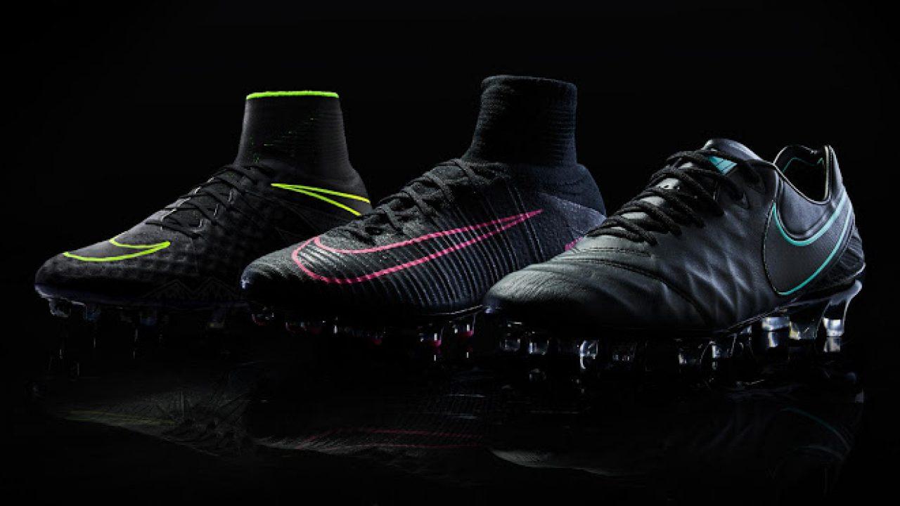 Nike Pitch Dark Voetbalschoenen | Football | We <3 Football
