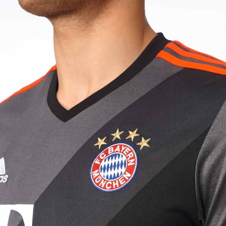 Bayern Munchen uithshirt 2016-2017