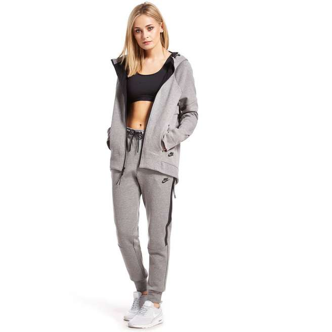 Nike tech fleece trainingspak vrouw