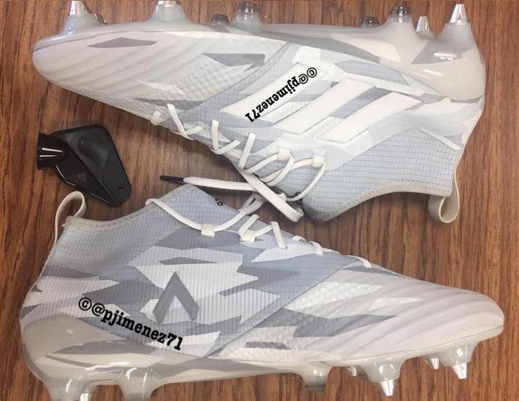 adidas-white-camouflage-voetbalschoenen