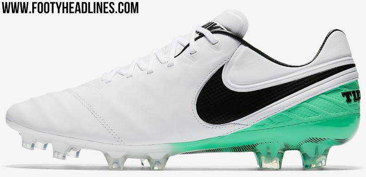 Nike tiempo - blur