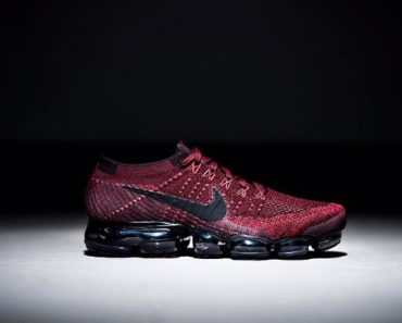 NIKE AIR VAPORMAX - BURGUNDY